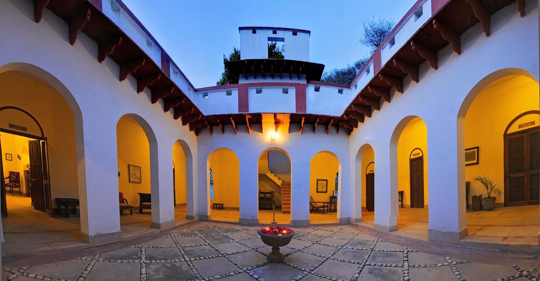 Main_House_-_Mela_Kothi_-_Verandahs_1